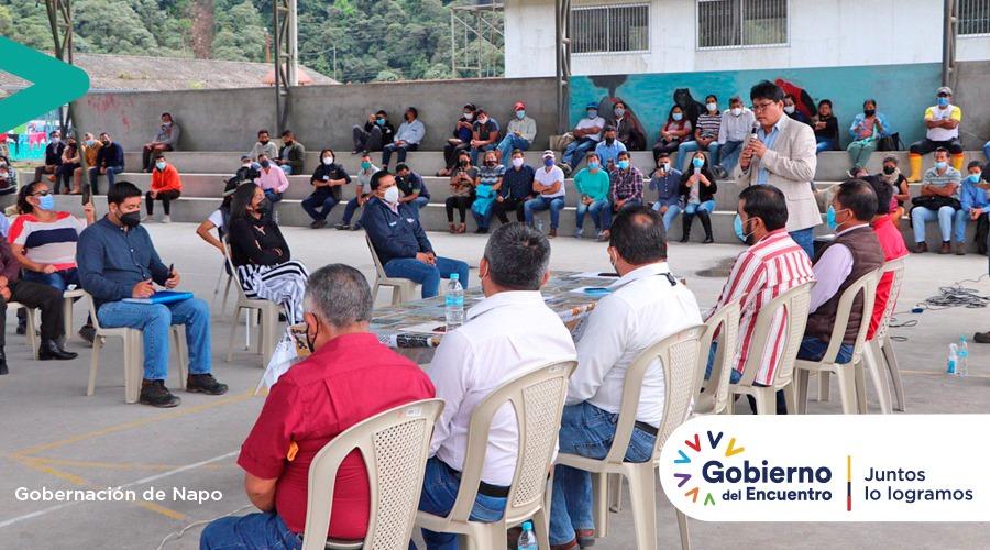 Gobernador de Napo lidera reunión en San Luis